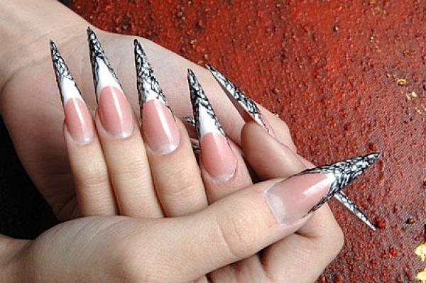 Дизайн ногтей стилеты