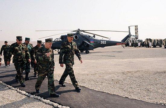 Armée Azeri / Azerbaijani Armed Forces / Azərbaycan Silahlı Qüvvələri X_64f13ea6
