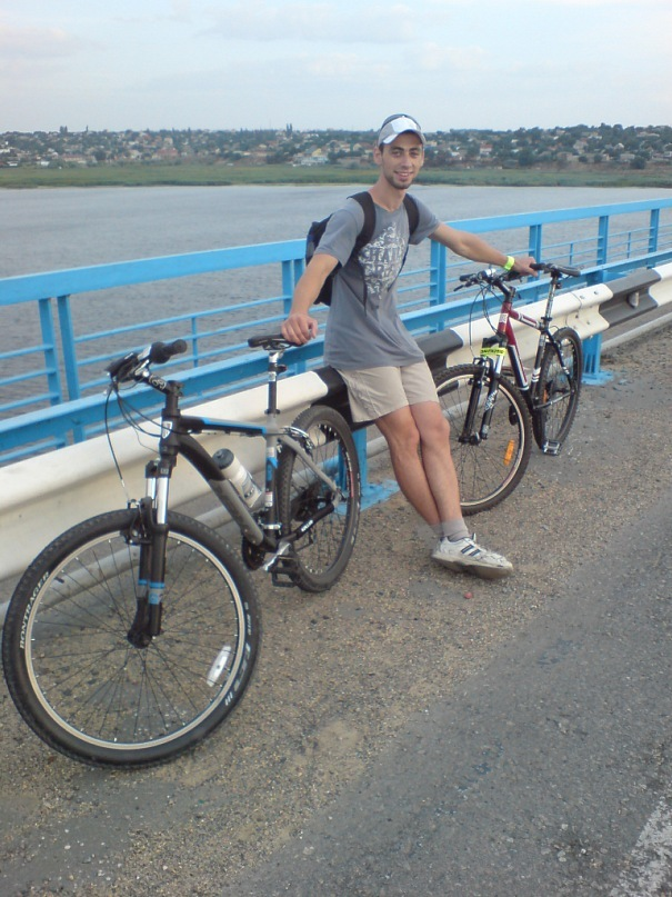 http://cs10351.vkontakte.ru/u16712764/140591795/y_f613406a.jpg