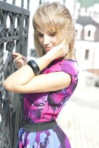 Юлия *_*, 18 октября 1992, Киев, id153886760