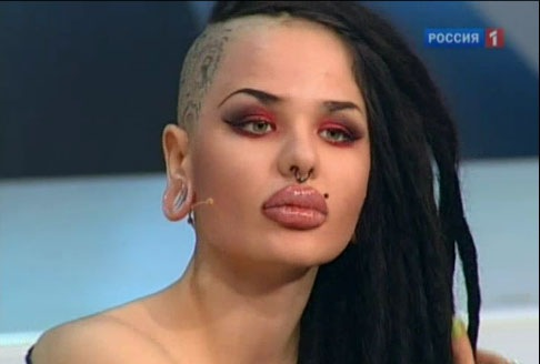 Самые большие губы в россии и