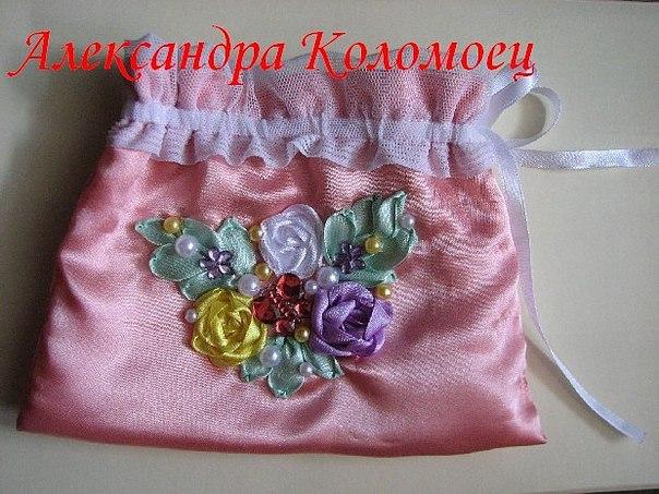 Косметичка с вышивкой шелковой. aleksandrina.