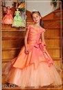 Свадебные платья колекция 2012.  Контакты.  Меховые изделия.