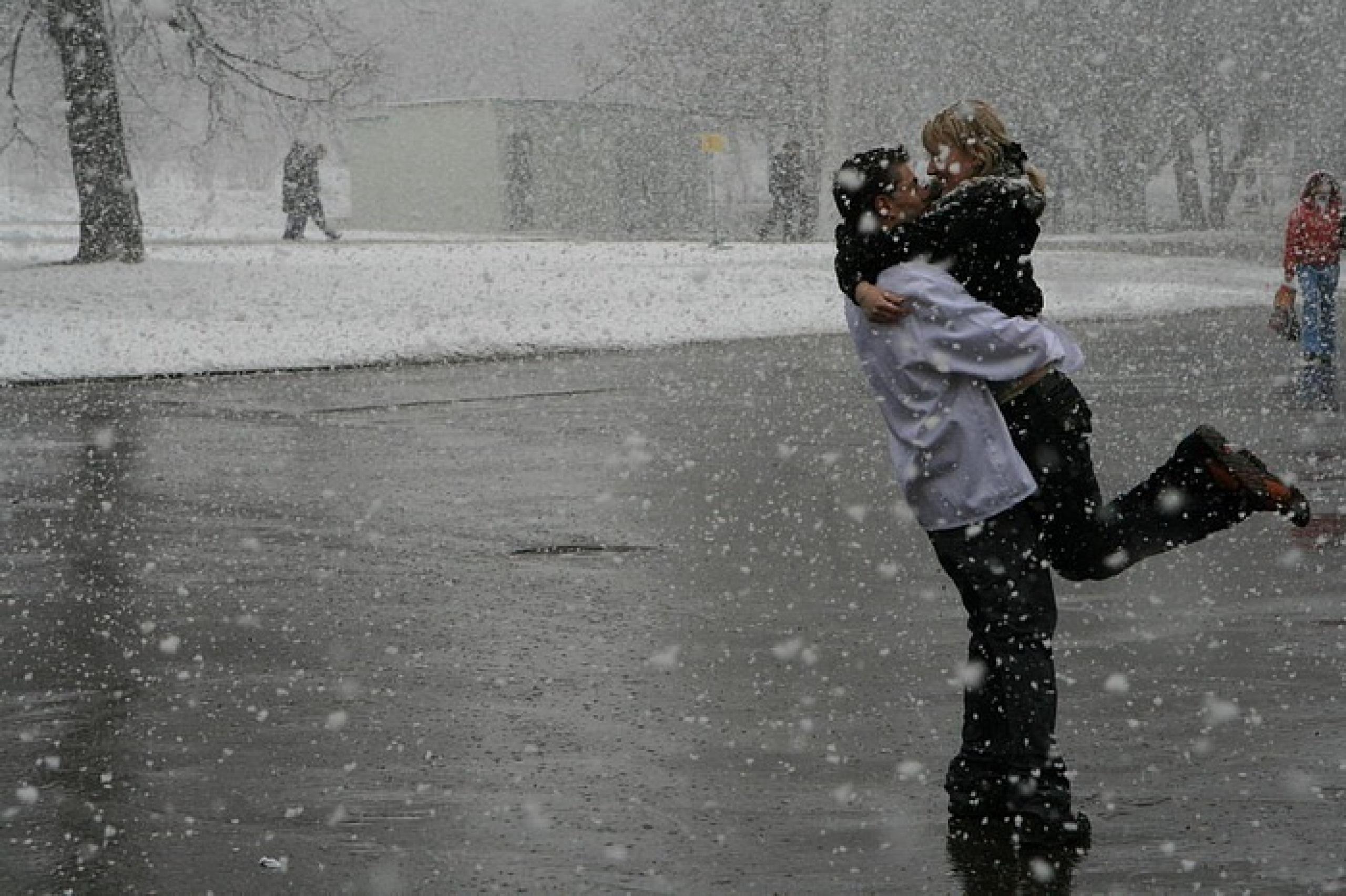 Фото снег и влюбл нные 6