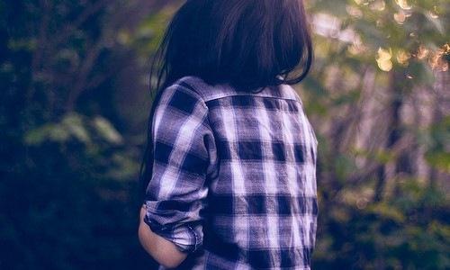 красивая девушка со спины: