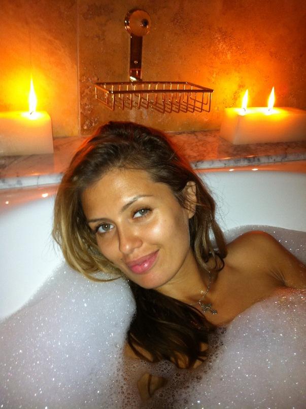 виктория боня в ванной фото