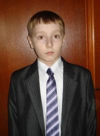 Артём Бабин, 18 апреля 1999, Витебск, id148556038
