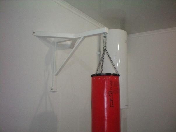 Кронштейн для боксерского мешка настенный своими руками 11
