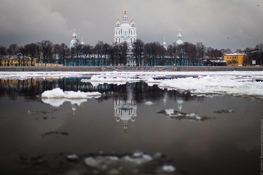 Зимний Смольный собор