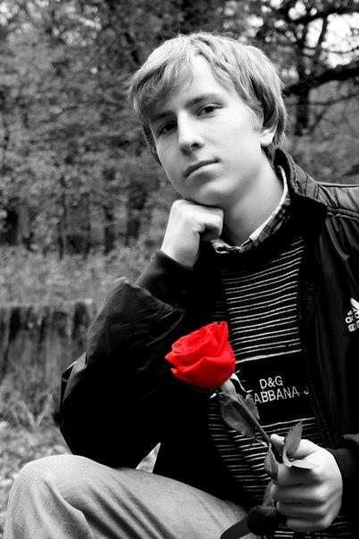 Aleksandr, 26, Roven'ky