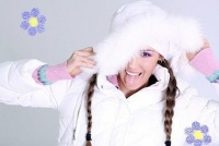 Красивая девушка-модель в зимней одежде.  Нажмите для увеличения.