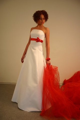 Wedding Saloon :: Красно-белое свадебное платье купить - Свадебные