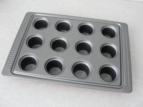Продам форма для выпечки маффинов
