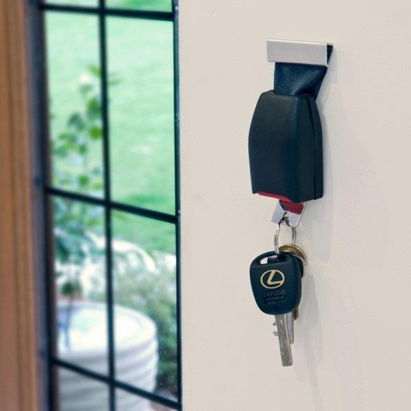 Ремень безопастности для ключей