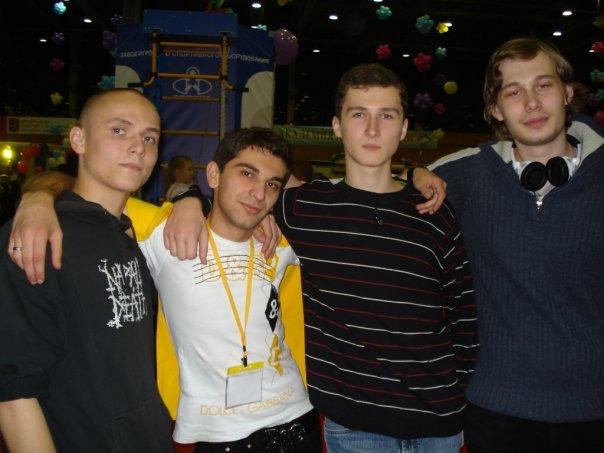 http://cs1046.vkontakte.ru/u121809/1044687/x_12e8e873.jpg