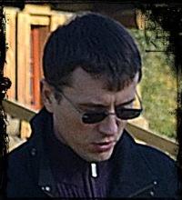 Андрей Хауров