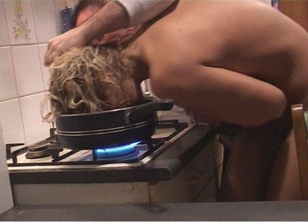 porno-filmi-s-ogromnimi-faloimitatorami-i-chlenov