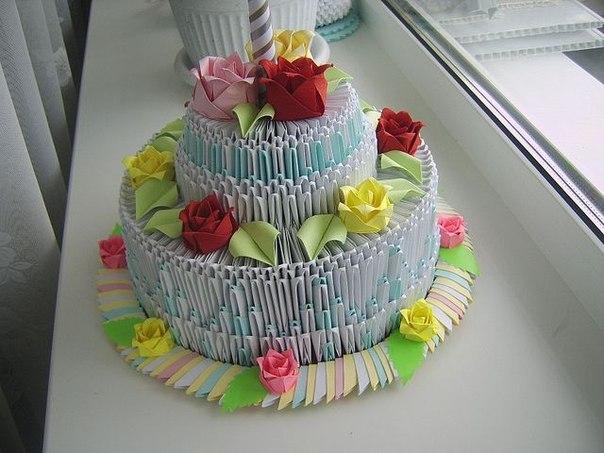 Это красивый модульный торт