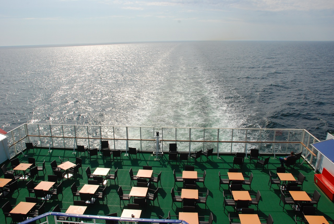 кафешка на палубе