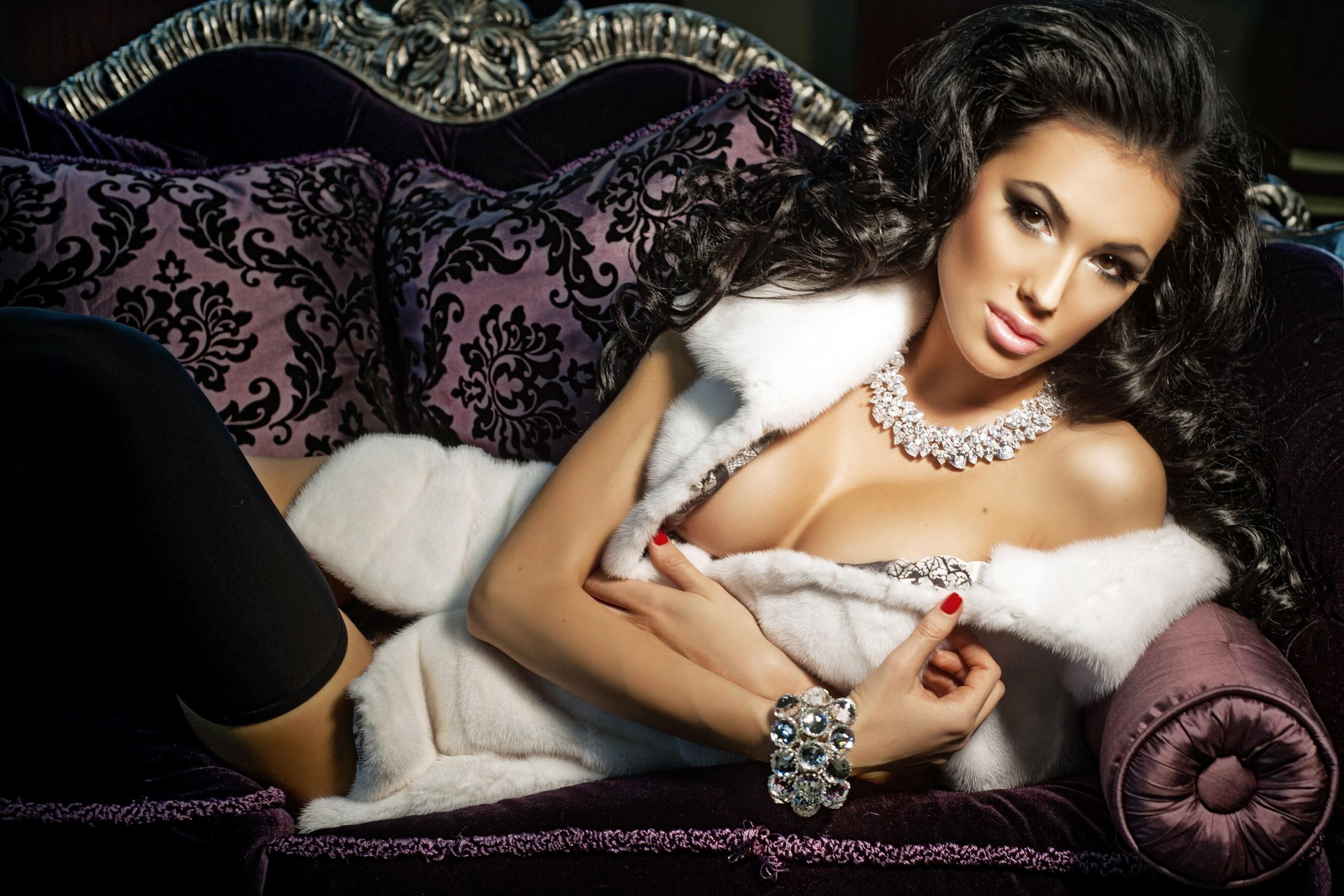 Эротические фото жен олигархов 11 фотография