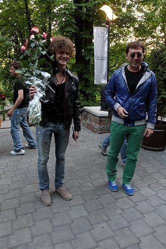 http://cs10532.vkontakte.ru/u91621531/116378371/x_0b74fd4f.jpg