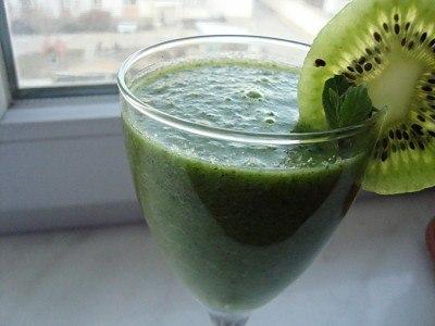 1. Жиросжигающий зеленый коктейль.