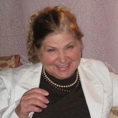 Нина Альвиева