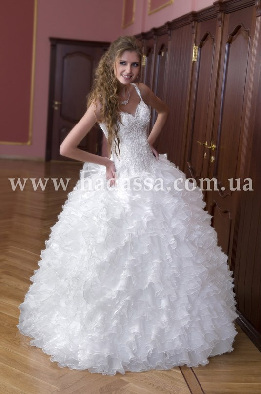 Самые красивые пышные платья 6