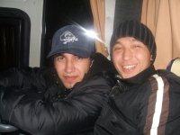 Maks Hanov, Хазар