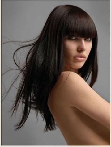 Из лимона выжми сок и смешай с содержимым флакона – можно считать, что эффективное лекарство для волос