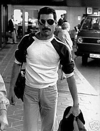 Freddie Mercury, 6 февраля , Мокшан, id106968424