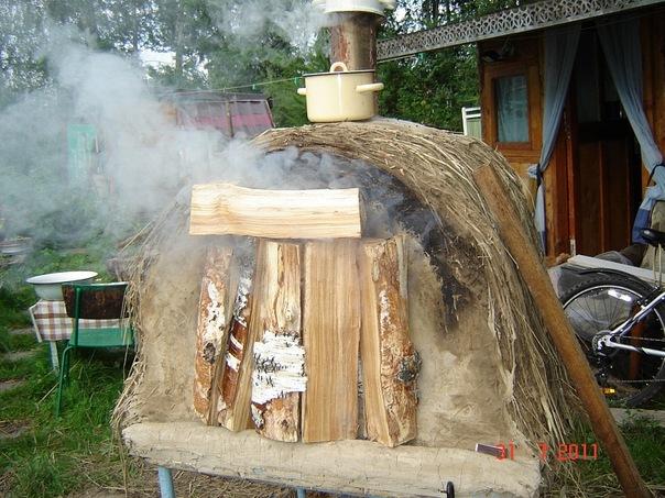 После выпечки хлеба тепла достаточно для сушки дров.