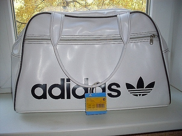 Сумки Adidas Originals Airline Messenger Bag купить в недорогом.