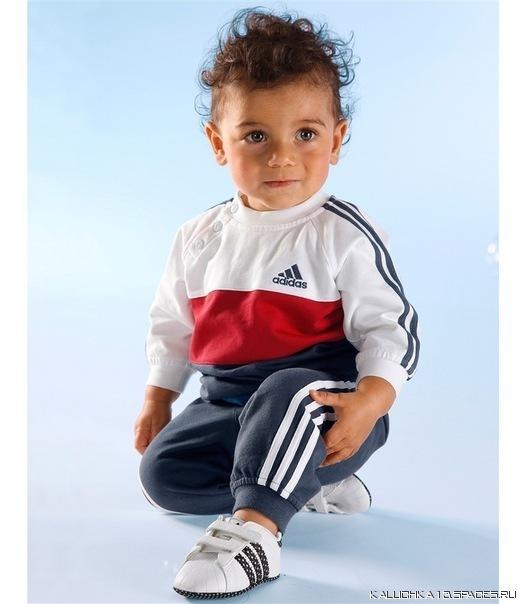 Спортивные костюмы для малышей