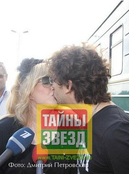 http://cs10601.vkontakte.ru/u40734218/138336251/x_12fe9db5.jpg