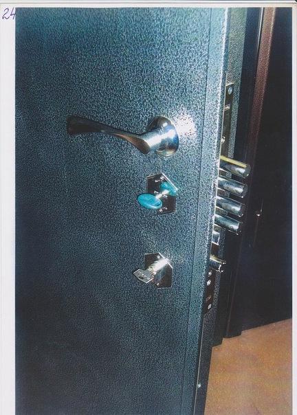 установка металлической двери в реутове