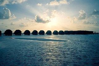 ...Makunufushi, в Южном Мале атоле в 30 км от международного аэропорта.