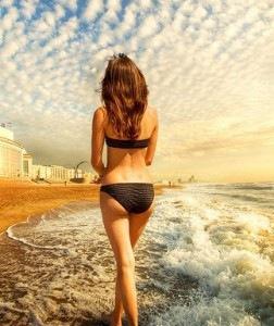 красивое фото девушек со спины.  Смотрите также: ящик для