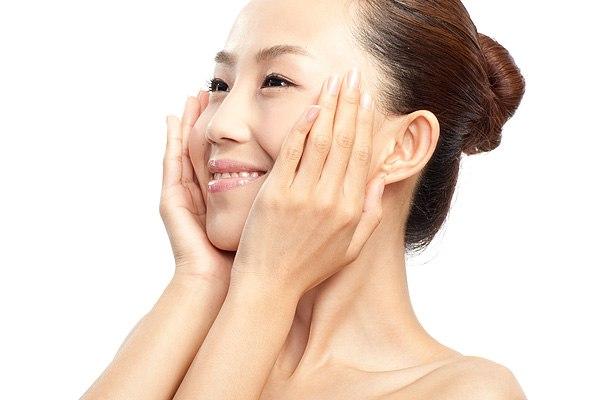 Японские и. Не секрет, что азиатская косметика все больше набирает популярность.  Японские и корейские уходовые...
