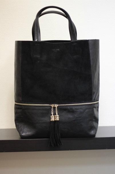 Замшевая сумка Celine с кисточками черная.