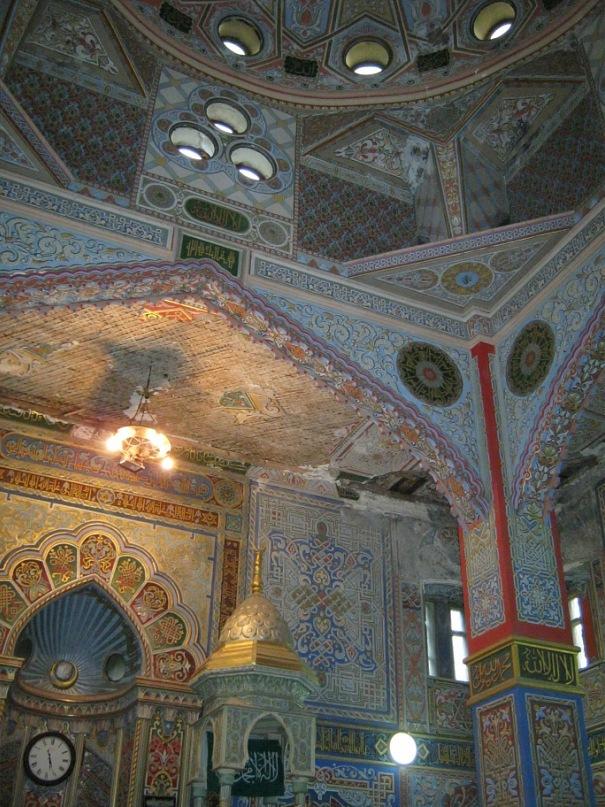в старинной мечети во Владикавказе
