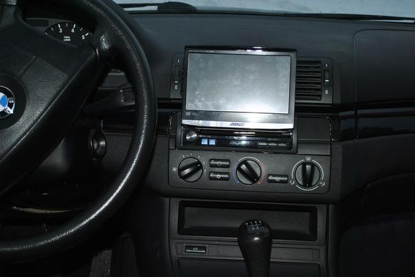Имеется передняя панель на е46, без трещин и тп