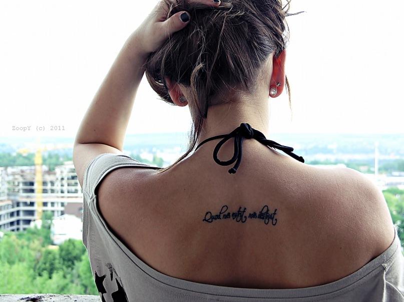 фото татуировок надписей для девушек