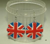 Серьги с изображением британского флага.