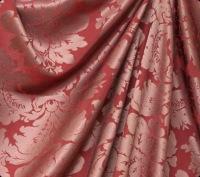 4. Для большого окна подберите легкую драпировку, избегая тканей с маленьким рисунком.