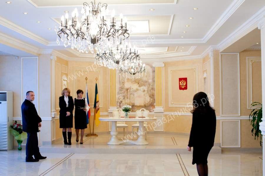 Большой зал дворца бракосочетания на Минской 1
