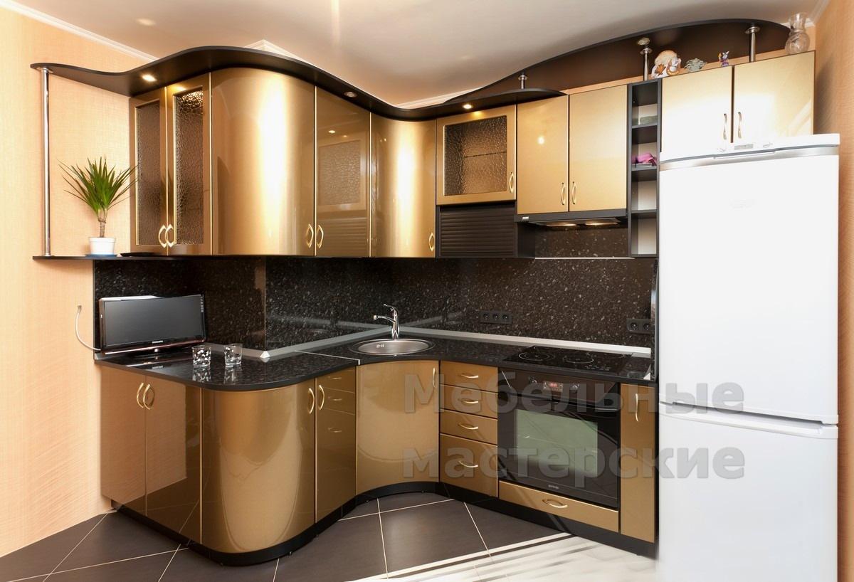 Холодильник встроенный в кухню фото