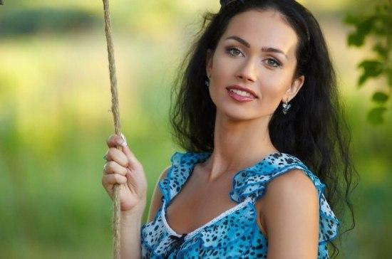 sexy-russian-brunettes-free-naked-pic-of-eliza-dushku