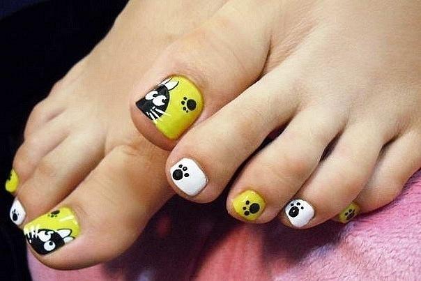 Рисунок на ногтях для ног