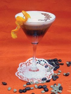 История возникновения рецепта коктейля Самбука доподлинно неизвестна.
